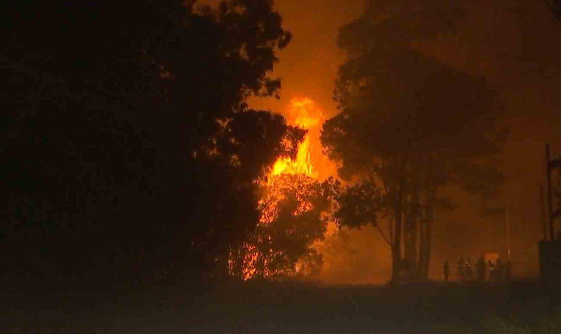 Rocha: incendio avanza desde La Esmeralda hacia Punta del Diablo