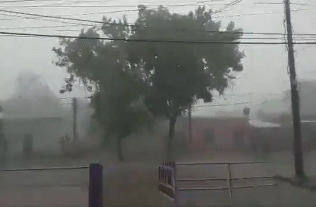 Foto: captura de pantalla del video publicado por Rodrigo Viera y la Estación bcp Meteorología.
