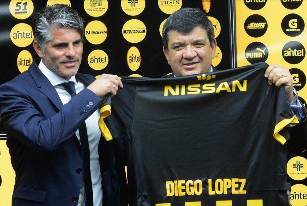 Diego López a su llegada a Peñarol. Fue una auténtica sorpresa que llegara desde Italia.