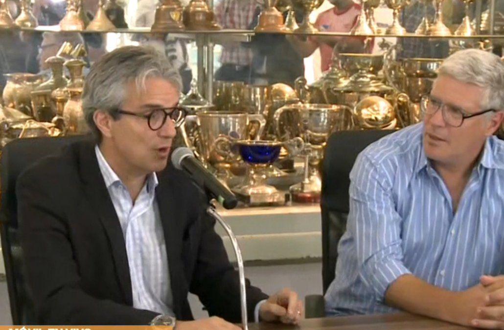 Gutiérrez y Decurnex juntos en conferencia de prensa.