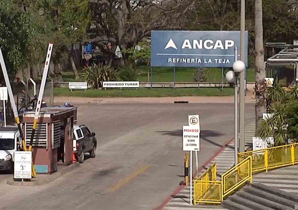 Ancap vendió 15 mil metros cúbicos de gasolina a Argentina