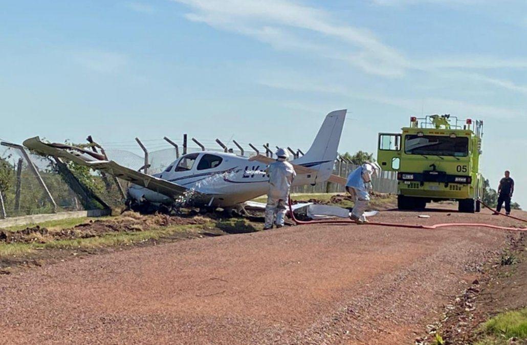 Cayó una avioneta con dos ocupantes en el aeropuerto de Melilla
