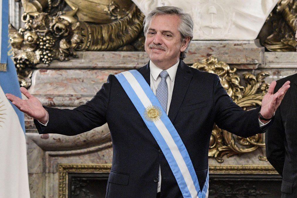 Gobierno argentino y el de Buenos Aires, en manos peronistas, lanzan duro ajuste fiscal