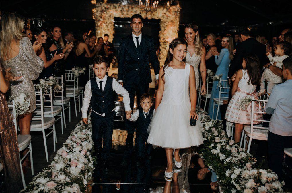 Galería de fotos y videos: así fue la fiesta de Luis Suárez y Sofía Balbi