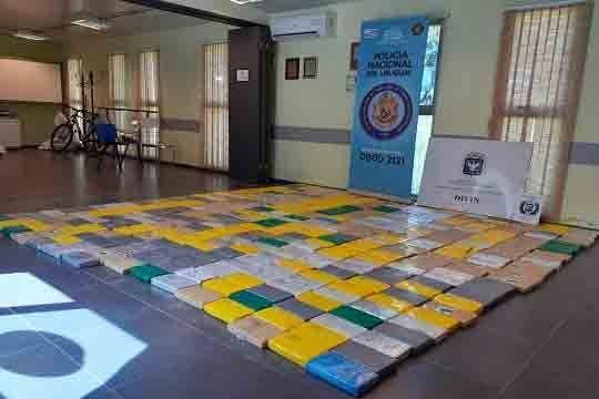 Incautaron 416 kilos de cocaína en una camioneta en Río Negro