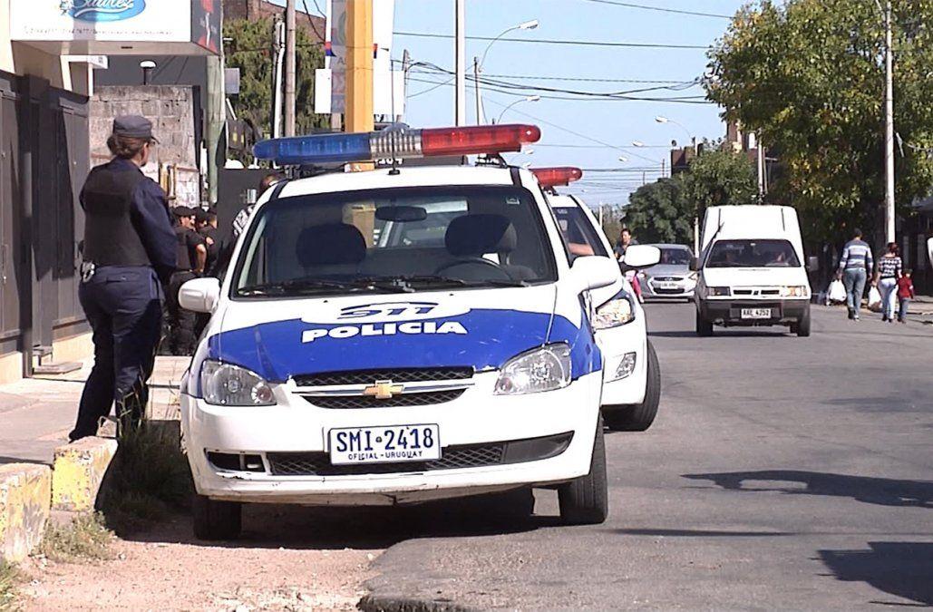 Una mujer fallecida y dos hombres heridos en un tiroteo en una casa de Paso Carrasco