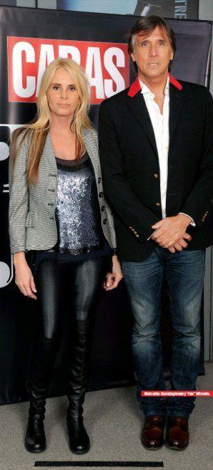Mercedes Sarrabayrouse y su pareja