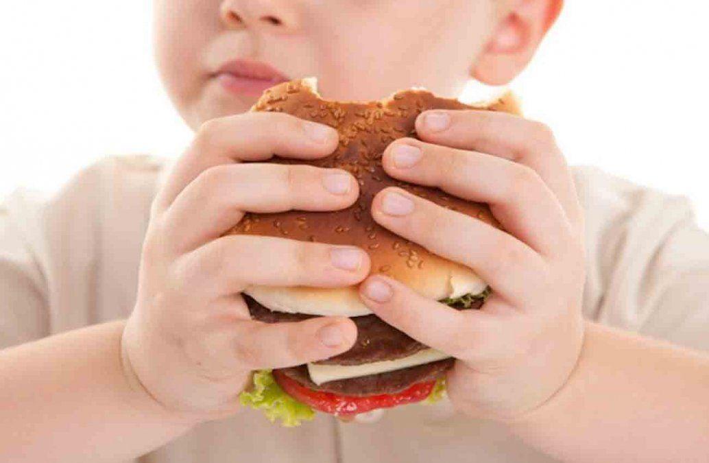 Consejos de una especialista para evitar obesidad y sobrepeso en niños
