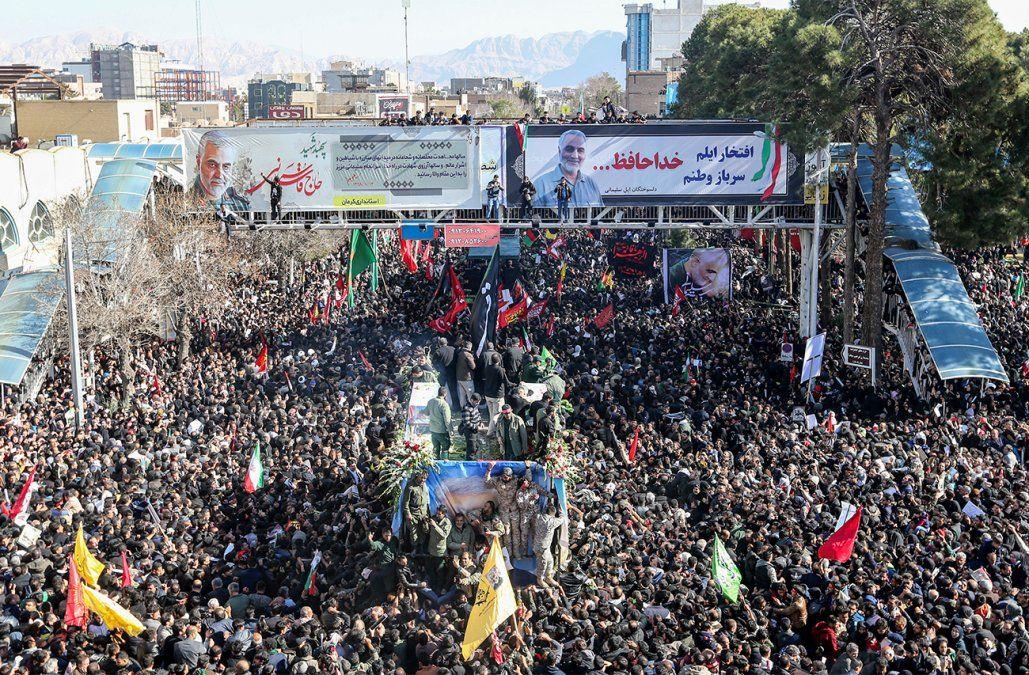 Más de 30 muertos en estampida durante funeral de Soleimani en Irán