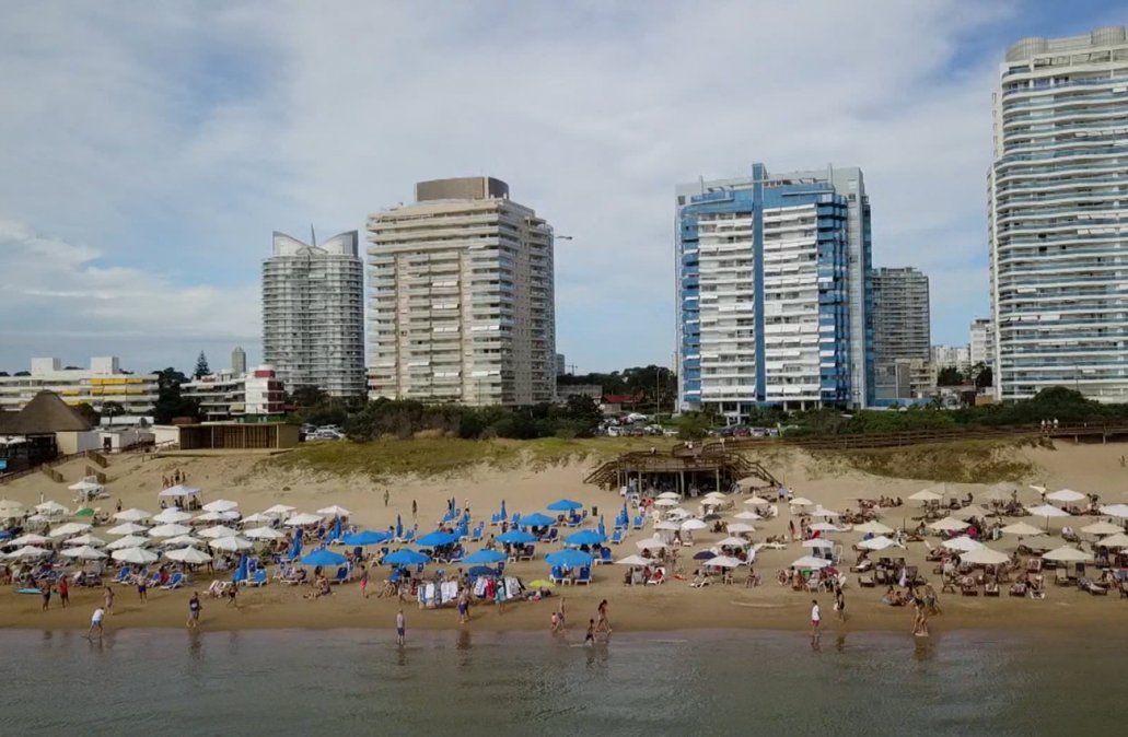 Sorpresa: llegaron más turistas argentinos que en la pasada temporada