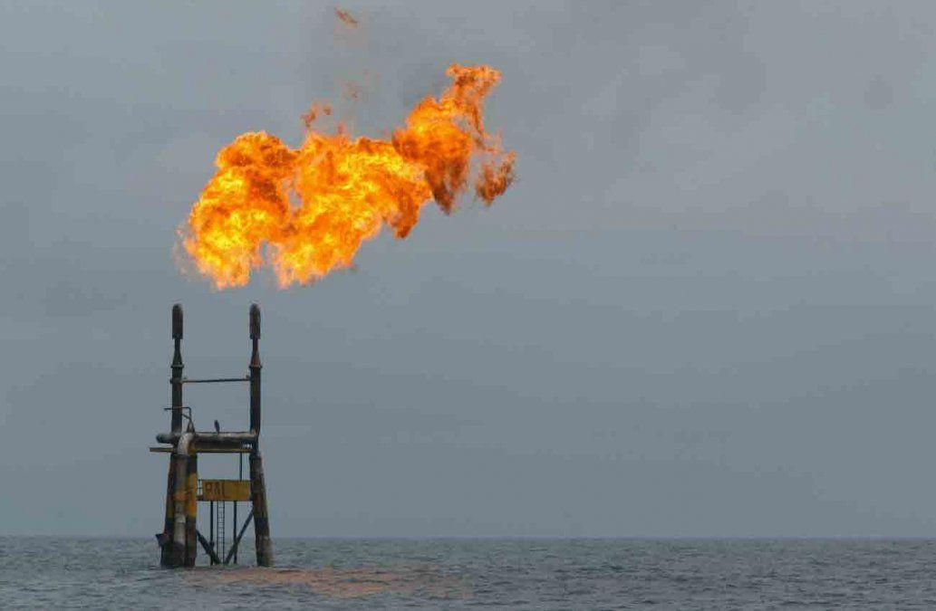 Las tensiones en Irán ponen en peligro el suministro mundial de petróleo