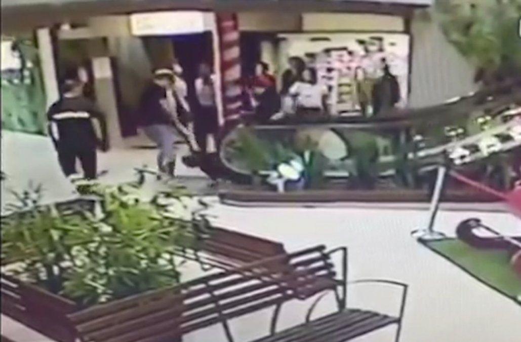 Dos imputados por homicidio del hombre que era perseguido en el shopping de Paysandú