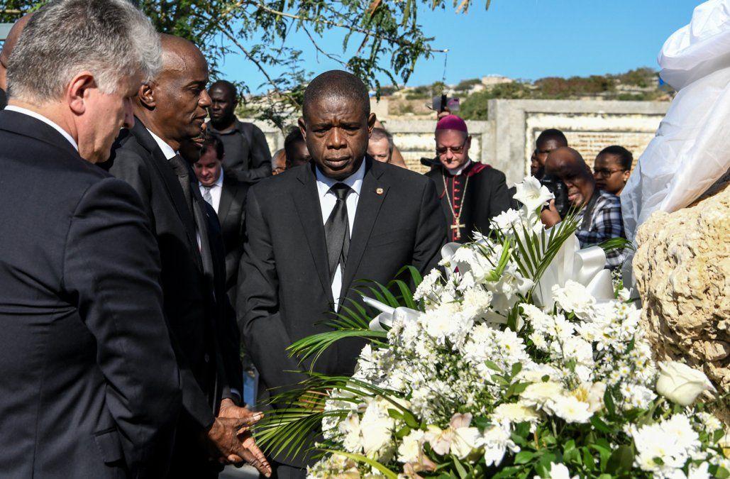 Haití conmemora diez años de devastador terremoto con ira y amargura