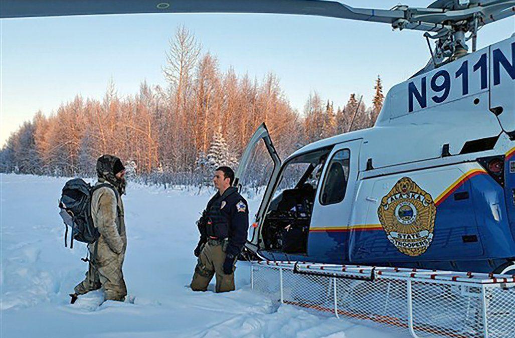 Un joven sobrevivió por más de 20 días en el frío glacial de Alaska