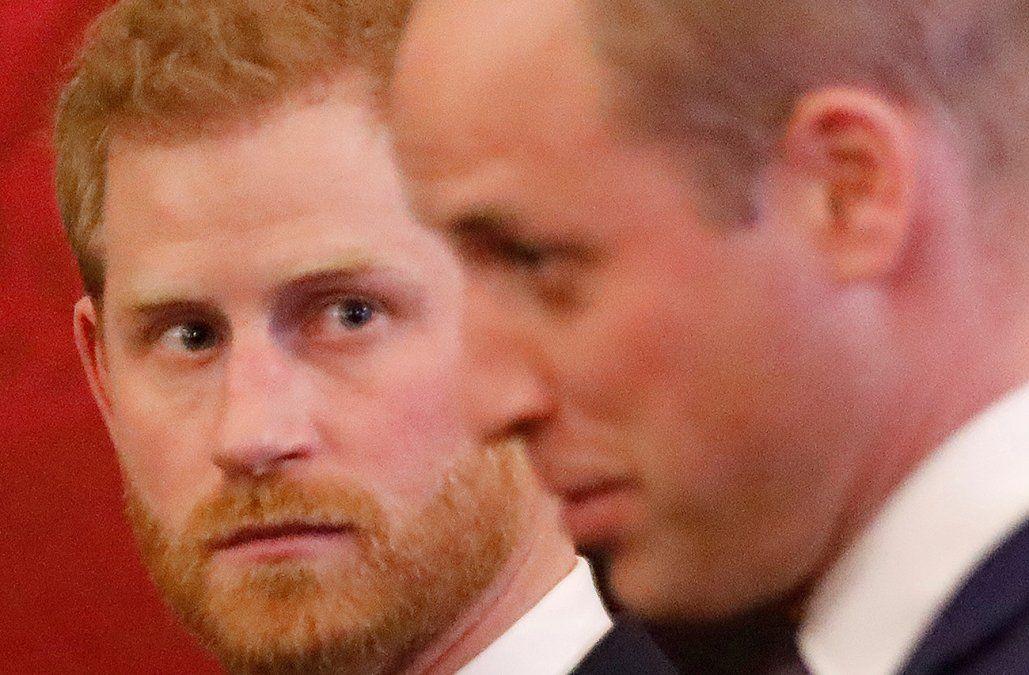 Los príncipes William y Harry muestran unidad pese al Megxit