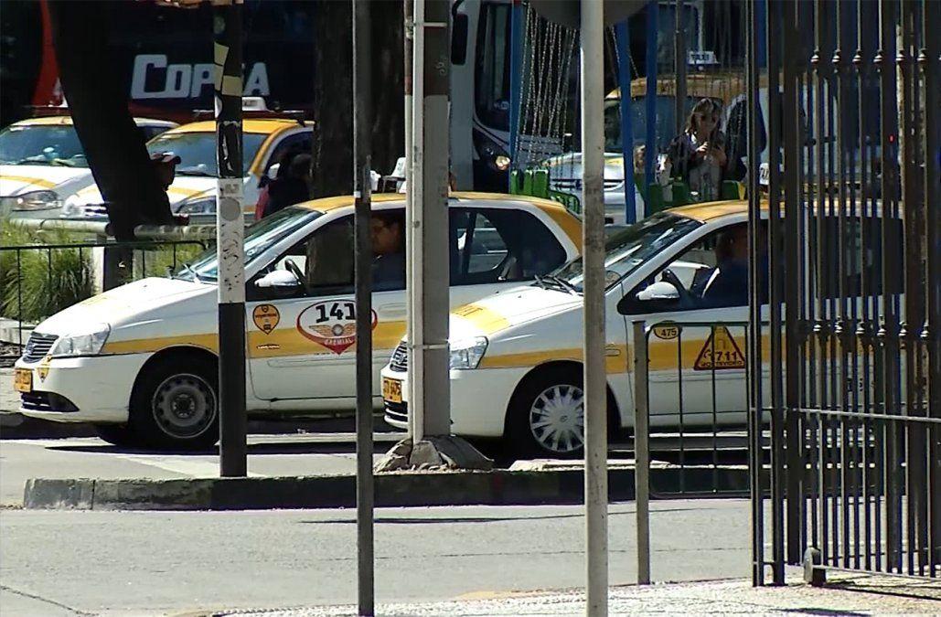 Sindicato del taxi pide que se vuelva a exigir certificado de buena conducta a los conductores