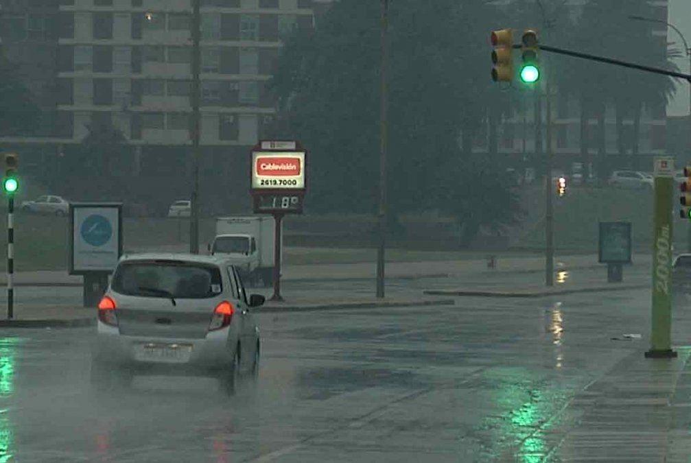 Aviso a la población: anuncian lluvias y tormentas fuertes desde este miércoles