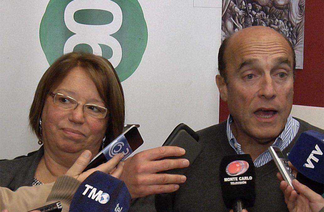 Foto: Mónica Xavier y Daniel Martínez en la sede del Partido Socialista.