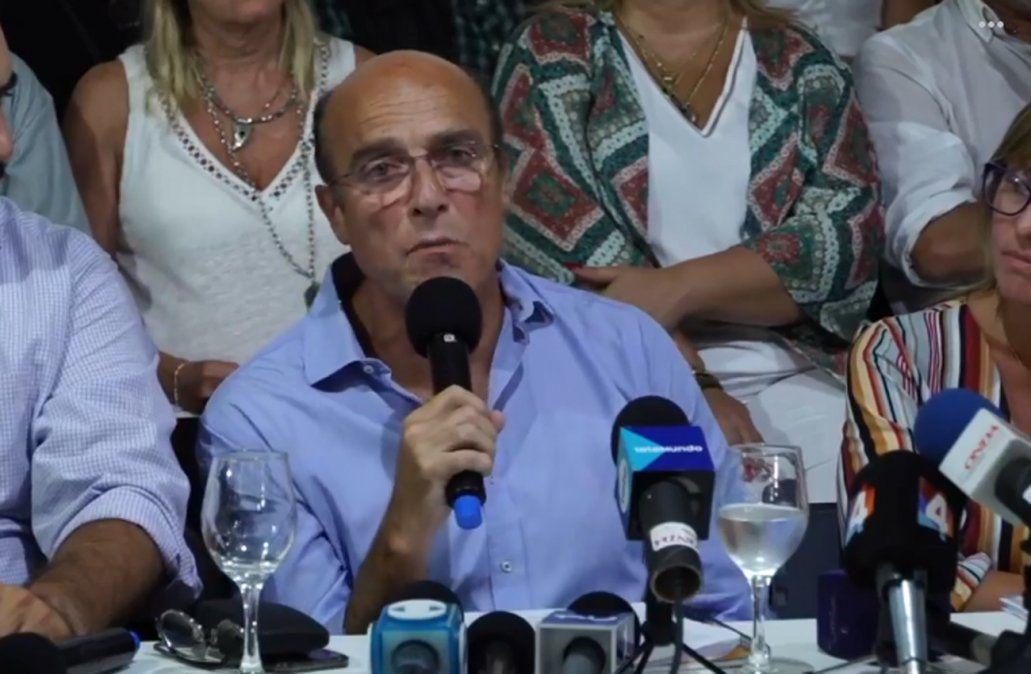 Martínez lanzó su candidatura a la reelección y evitó criticar la interna del socialismo