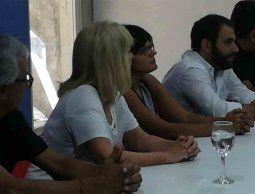 Secretario del Partido Socialista ovacionado en presentación de candidatura de Cosse