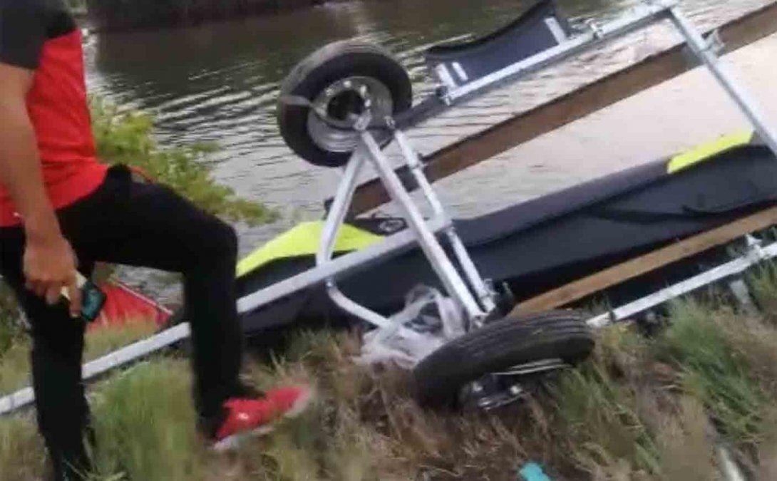 Se estrelló una avioneta en un vuelo acrobático: dos muertos