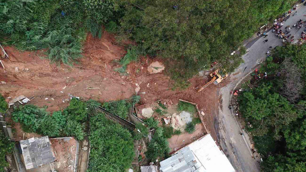Temporal en el sudeste de Brasil deja 30 muertos y 17 desaparecidos