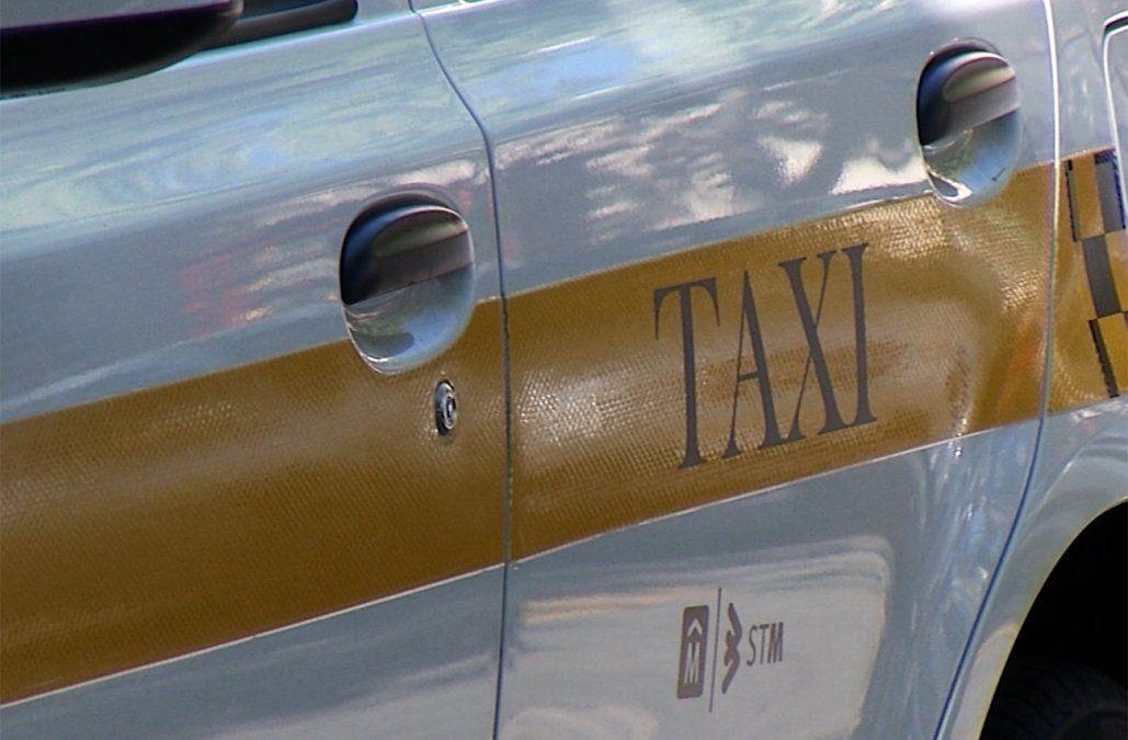 Un taxista fue herido en el rostro con arma de fuego por su joven pareja