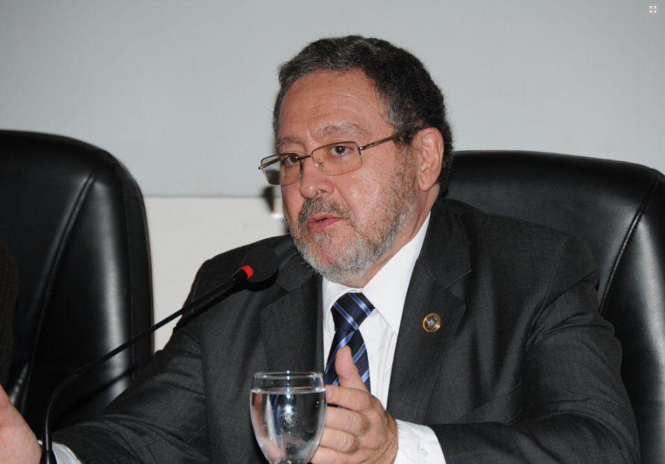 Exmagistrado Jorge Chediak manejado como posible candidato a la Intendencia