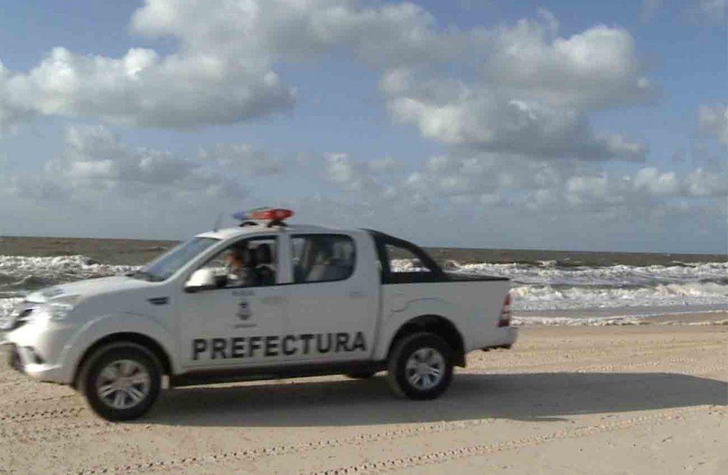 Por tercer día la Armada busca a joven desaparecido en playa de El Pinar