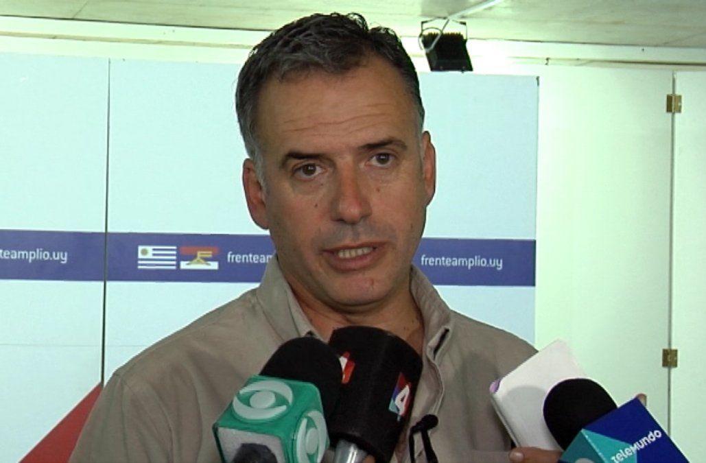Convención del Frente Amplio ratificó a Yamandú Orsi como candidato en Canelones