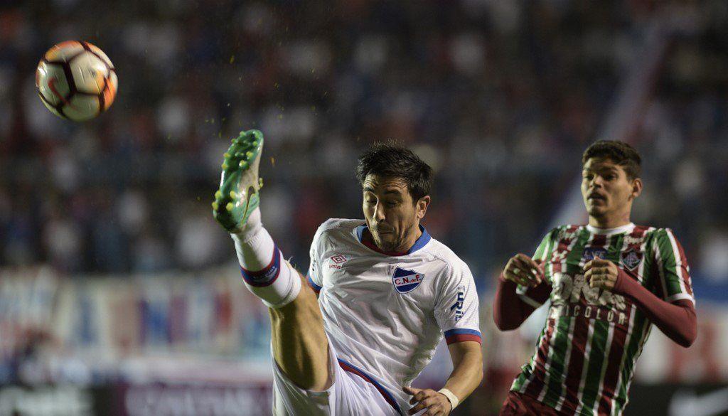 Se retiró del fútbol Jorge Fucile, otro mundialista de las selecciones de Tabárez