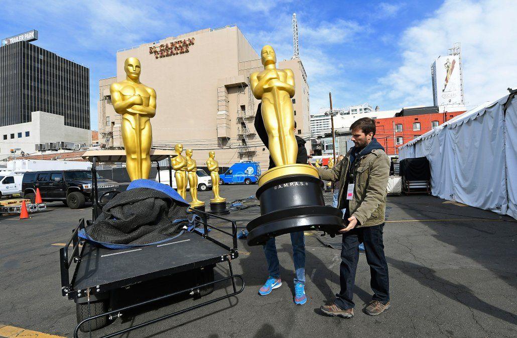 Preparativos para la edición 92º de .los premios Oscar en Hollywood Boulevard