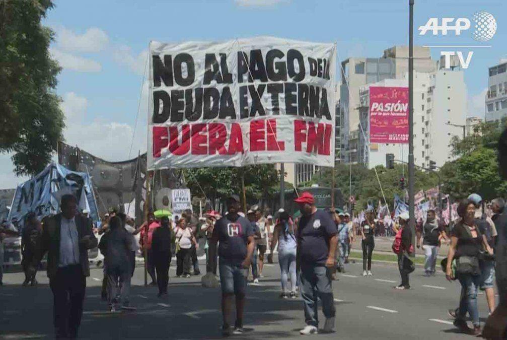Argentina posterga el pago de capital de deuda externa 48 horas antes del vencimiento