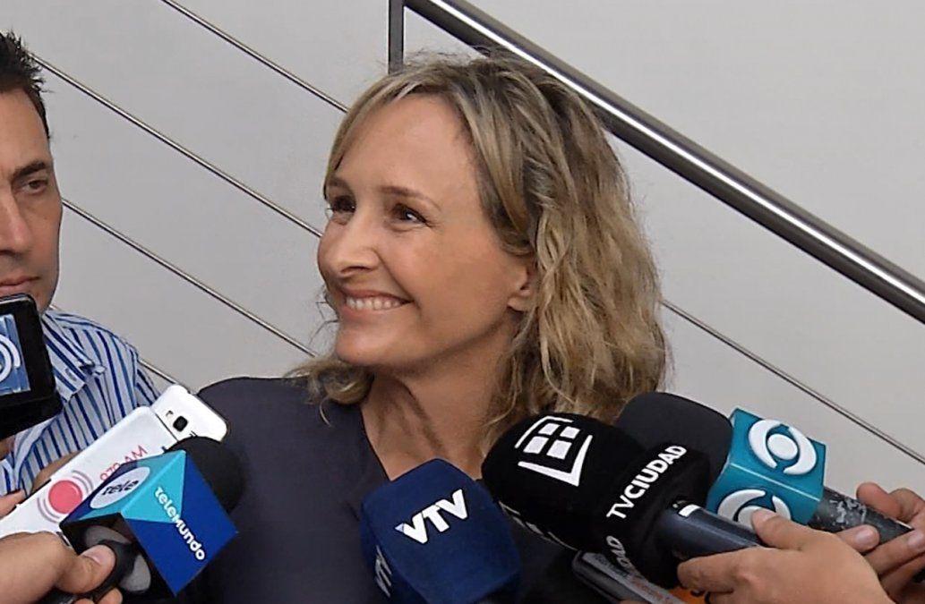 Laura Raffo: a Valeria Ripoll la critican por las uñas esculpidas, a mi me critican si uso tacos