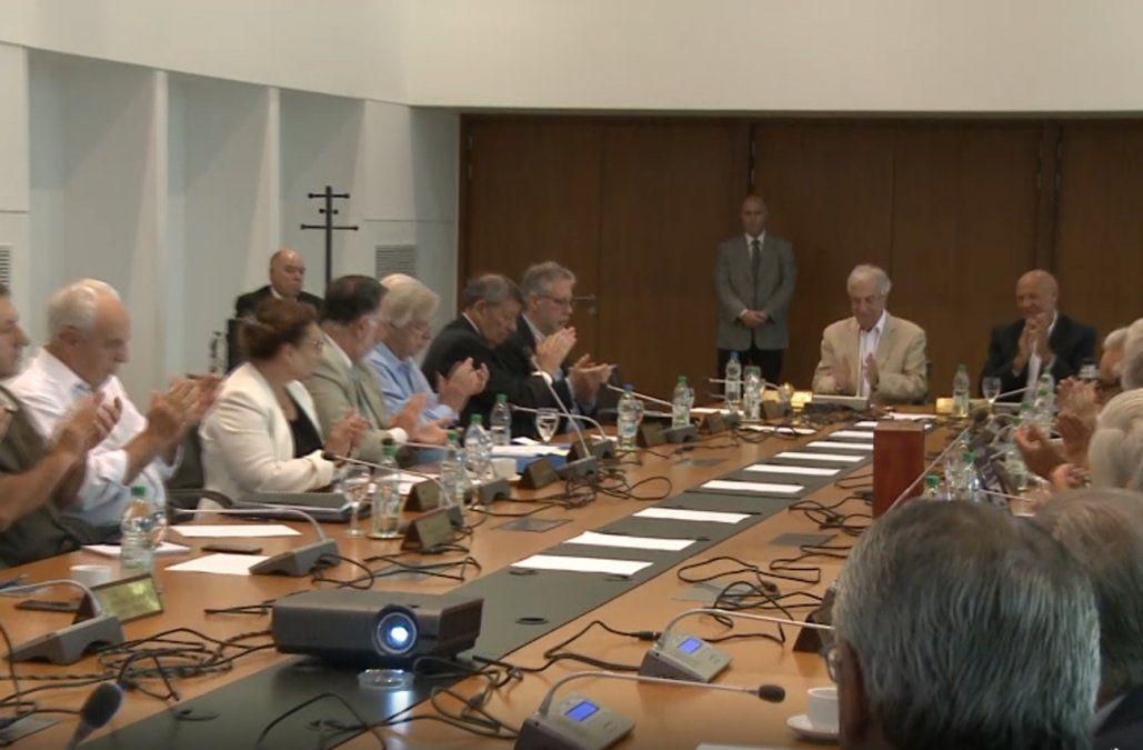 Tabaré Vázquez asumió responsabilidad por errores, en su último Consejo de Ministros