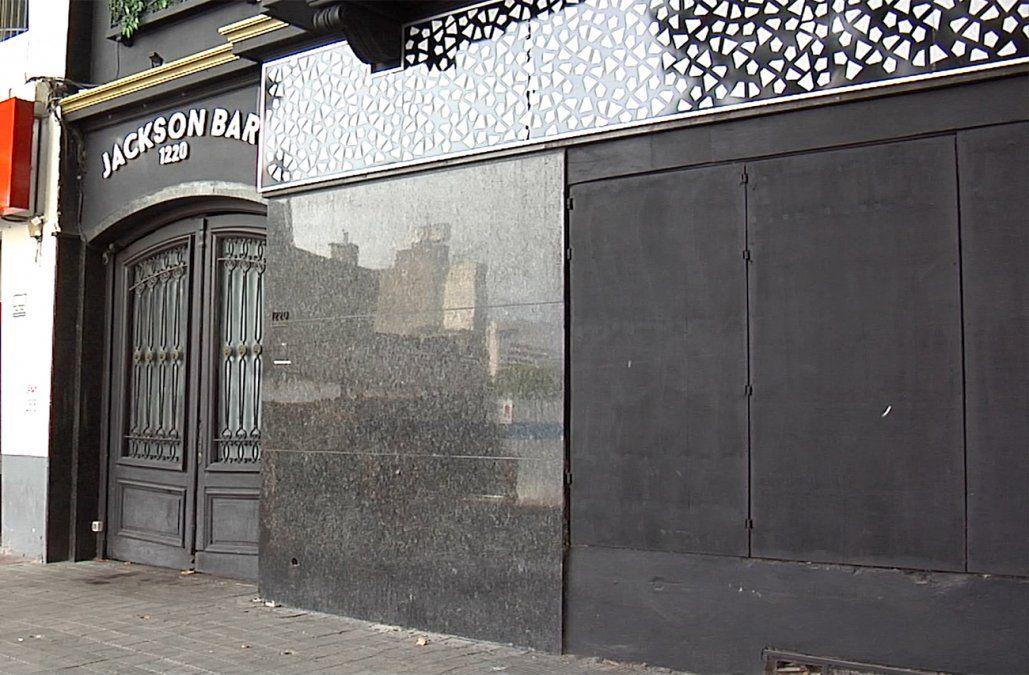 Fiscalía citó a los dueños de Jackson Bar y a Romina, que denunció al local por discriminación