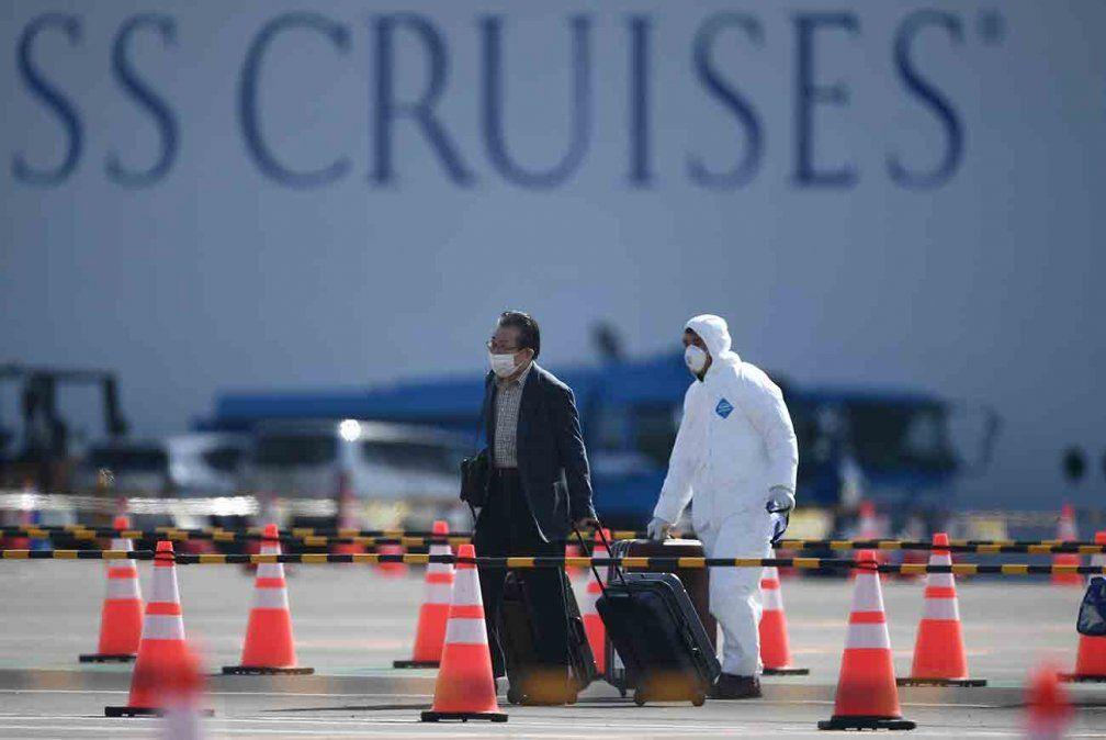 Situación caótica a bordo del Diamond Princess, critica experto japonés
