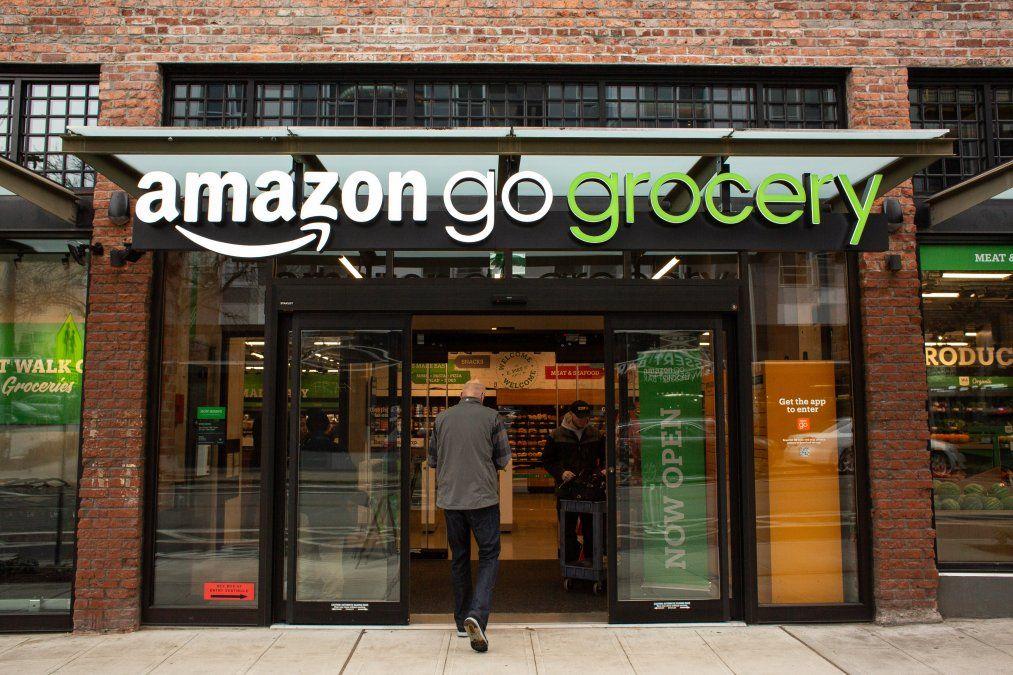 Amazon se extiende hacia todos los sectores que dan alto rendimiento gracias a un gran trabajo de mineria de datos obtenidos de sus propios clientes
