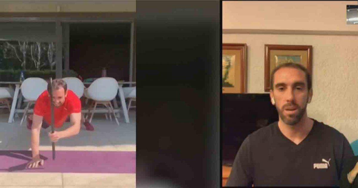 Diego Godín regresó al país y pidió a los uruguayos que se queden en sus casas