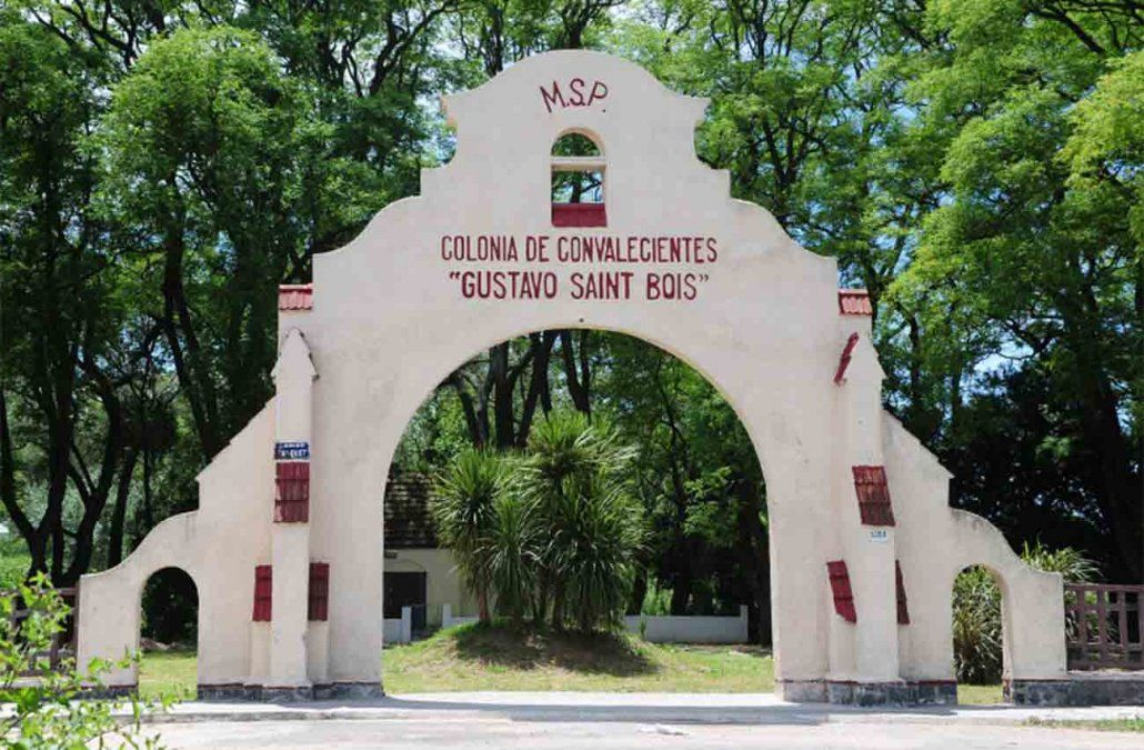 Cerraron la Emergencia del Hospital Saint Bois y hay 40 funcionarios en cuarentena