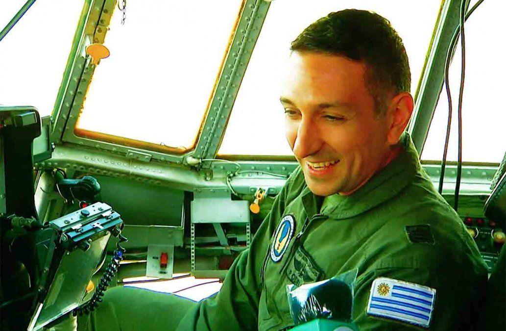 Pilotos de la Fuerza Aérea cuentan cómo son los vuelos humanitarios