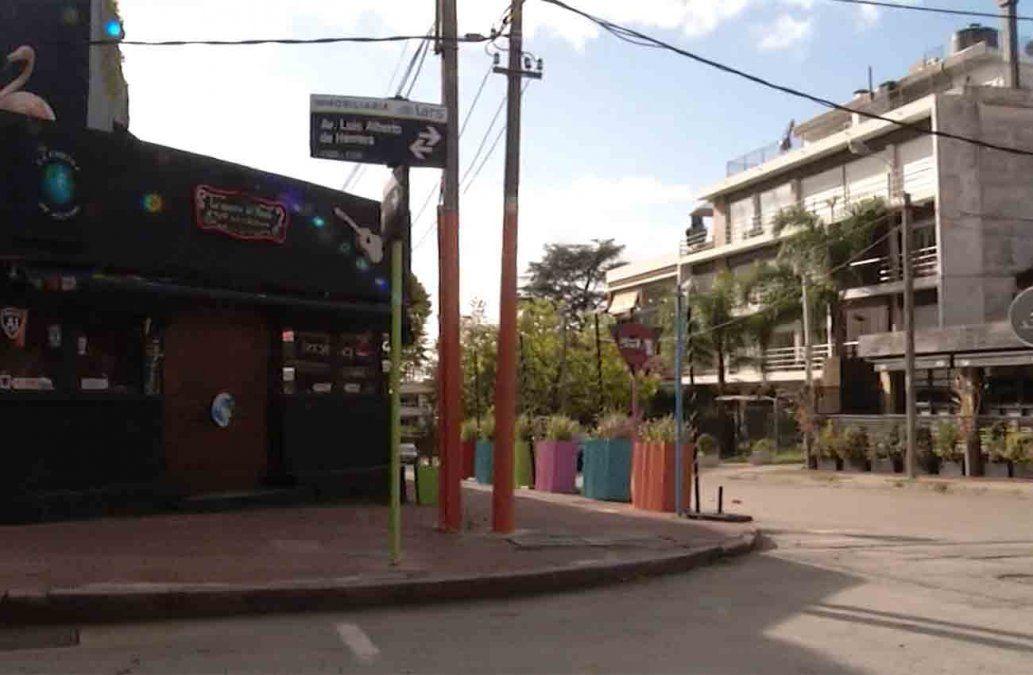 Reabren bares y restaurantes con horario reducido y medidas de higiene