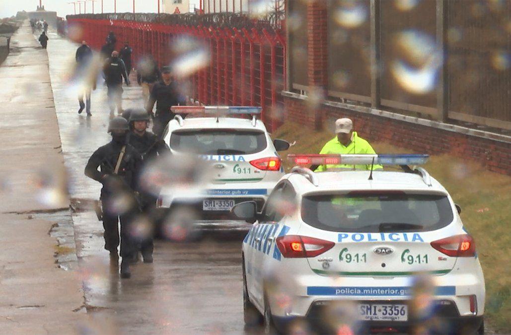 Inician investigación administrativa al policía que mató a un joven en la rambla