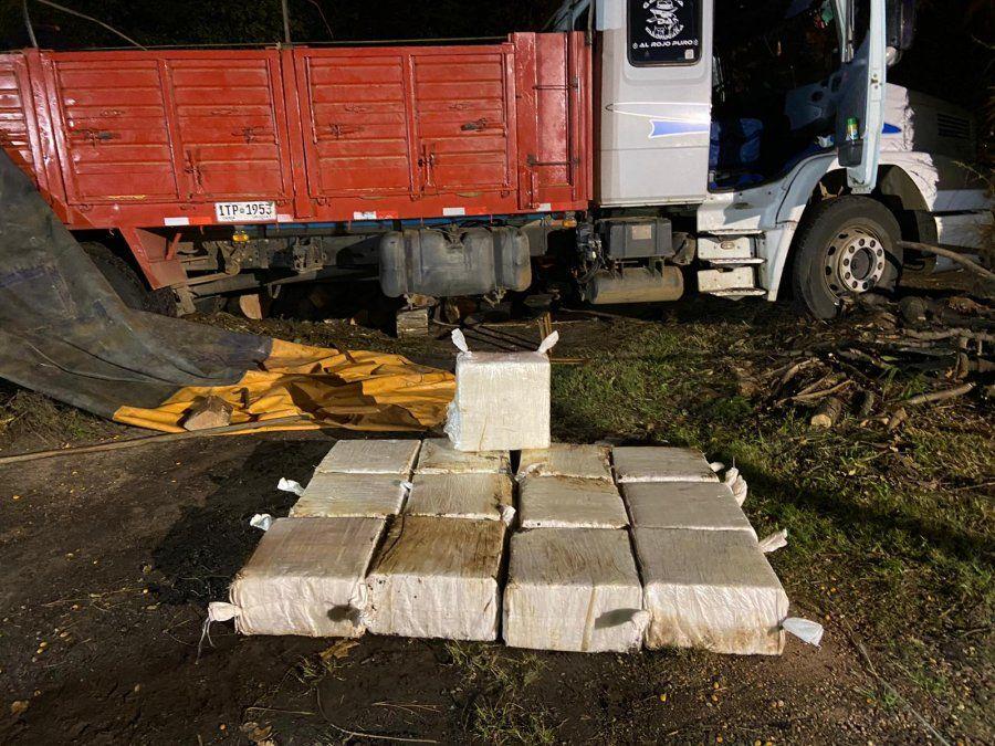 Incautaron media tonelada de cocaína dentro de un camión; hay seis detenidos