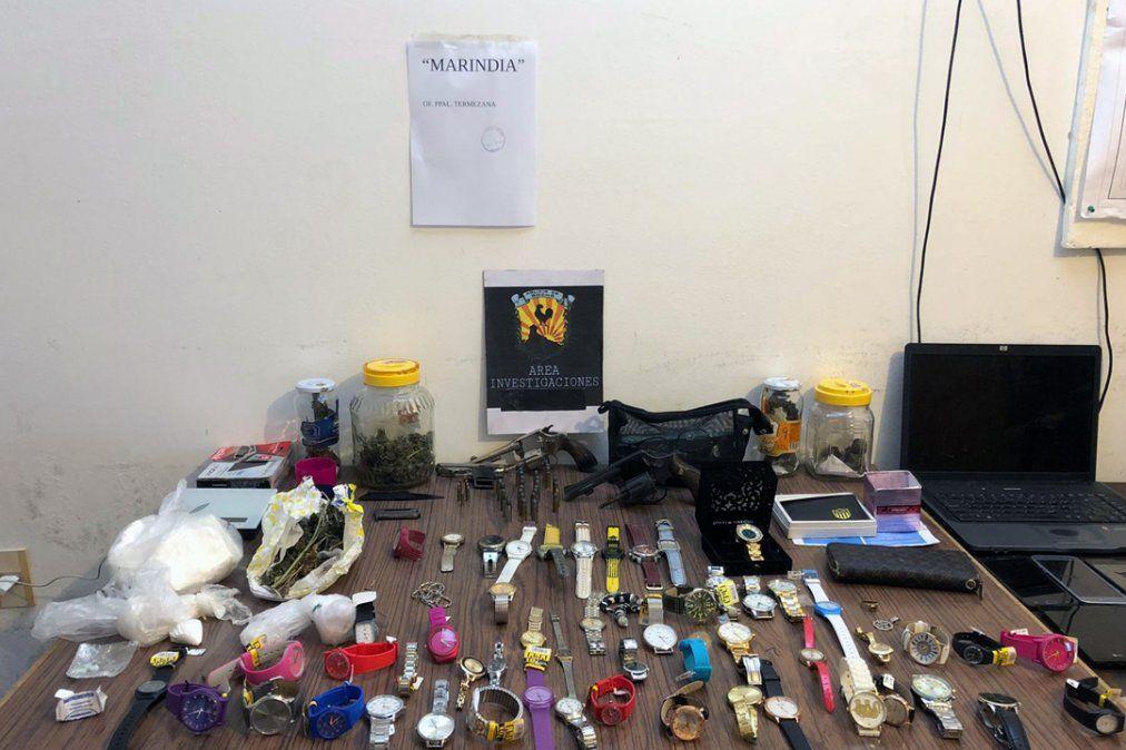 Tras hurto en joyería, desbaratan banda que traficaba drogas y armas