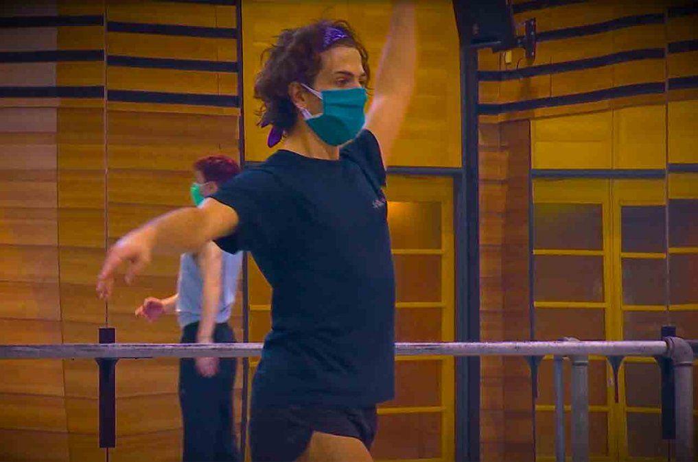 Bailarines del Ballet del Sodre brindan clases por redes sociales