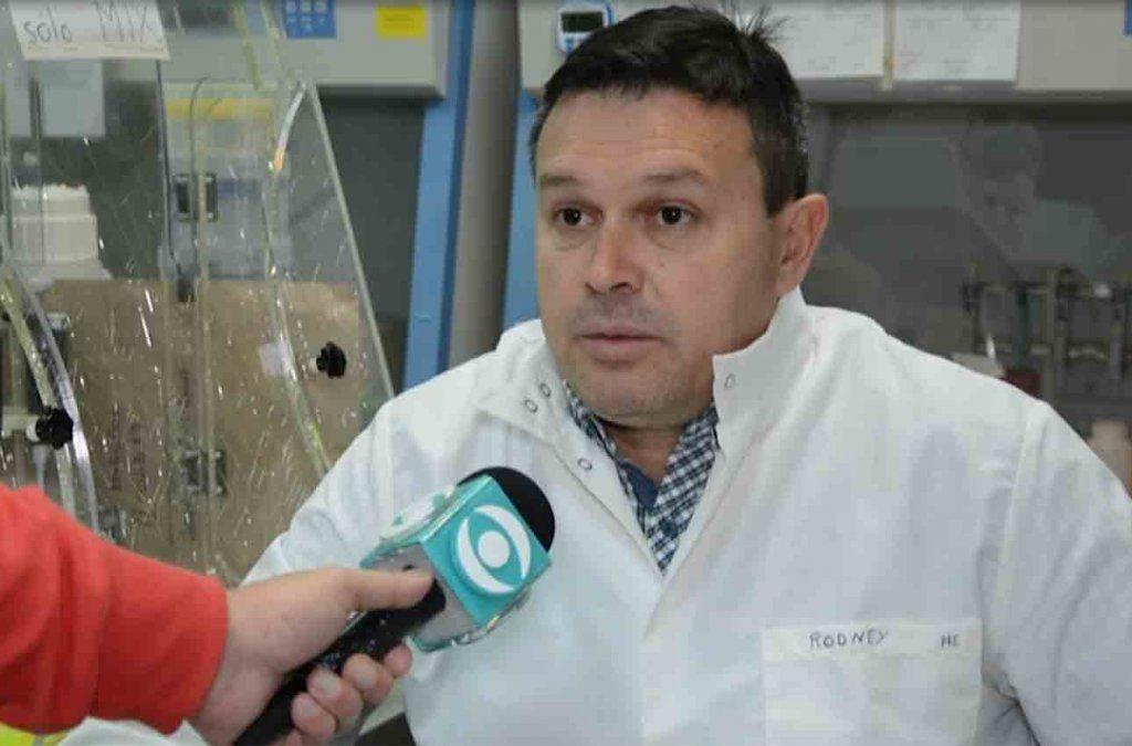 Virólogo de la Universidad asegura que el nuevo coronavirus está lejos de ser controlado
