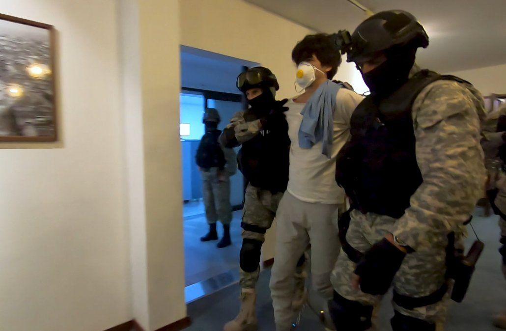 Así fue trasladado González Valencia desde la cárcel hasta el aeropuerto para su extradición