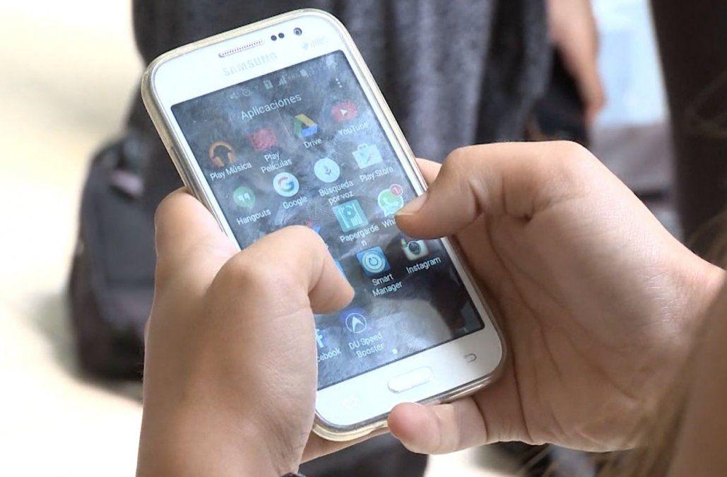 Suprema Corte desestimó recurso en caso de trabajadora despedida por usar el celular en horario laboral