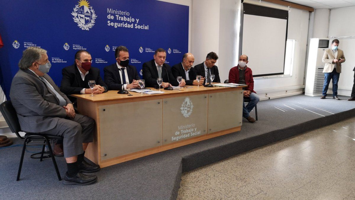 Autoridades firman protocolo